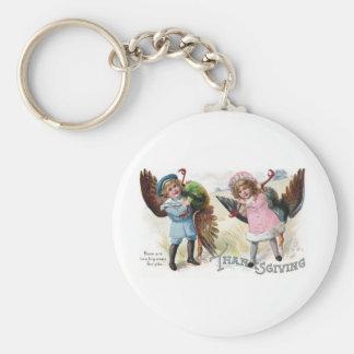 Kids Toting Thanksgiving Turkeys Keychains