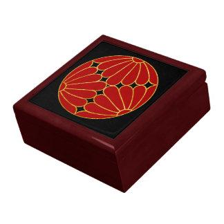 Kiku Chrysanthemum Mon red faux gold on black Gift Box