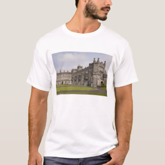 Kilkenny Castle, County Kilkenny, Ireland. T-Shirt