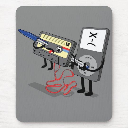Killer Ipod Clipart (Retro Floppy Disc Cassette) Mouse Mat