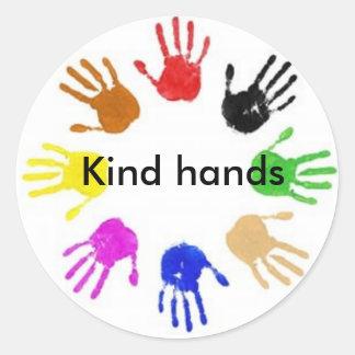 Kind- Hands Classic Round Sticker