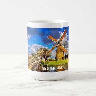 KINDERDIJK, NETHERLANDS COFFEE/TEA MUG