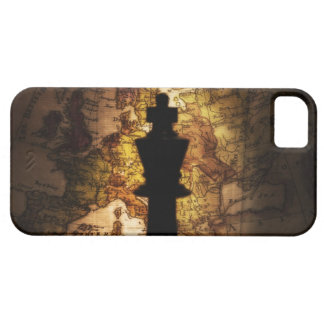 King chess piece on old world map iPhone 5 covers