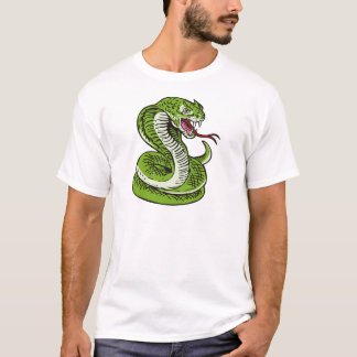 king cobra snake angry attacking T-Shirt