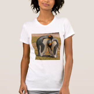 King penguins caressing, Falkland T-Shirt