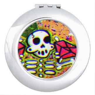 King pin skeleton compact mirrors