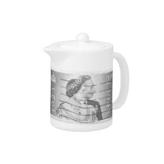 King & Queen of England Tea Pot