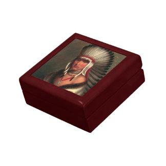 """King's """"Generous Chief"""" gift/ jewelry box"""