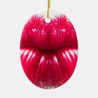 KISS CERAMIC OVAL DECORATION