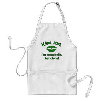 Kiss me apron