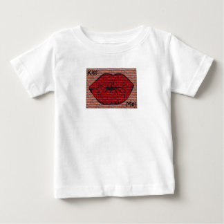 Kiss Me Baby T-Shirt