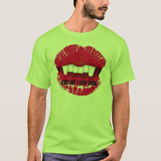 KISS ME, I WAS IRISH... VAMP LIPS PRINT T-Shirt