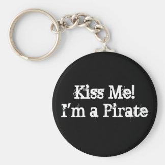 Kiss Me! I'm a Pirate Basic Round Button Key Ring