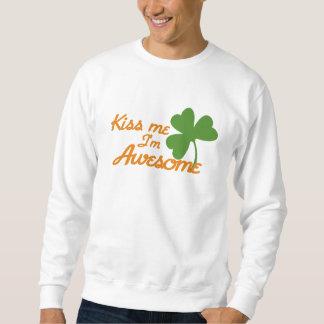 Kiss me I'm awesome Sweatshirt