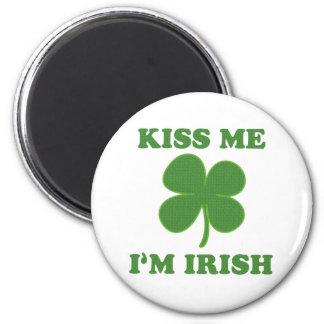 Kiss me i'm Irish 6 Cm Round Magnet