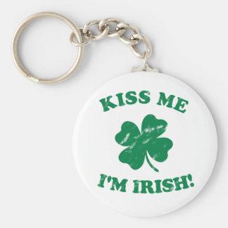 Kiss me I'm Irish Vintage Basic Round Button Key Ring