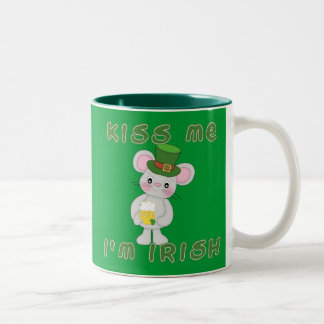 Kiss Me I'm Irish with Cute Mouse Coffee Mug