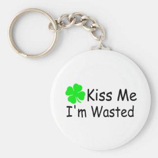 Kiss Me Im Wasted St Patricks Day Keychain