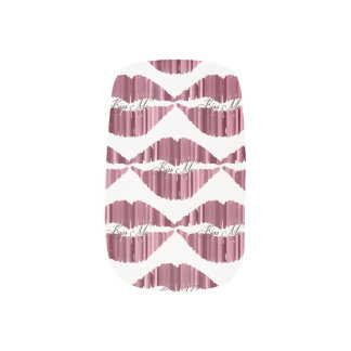 Kiss Me Minx Nail Art