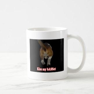 Kiss my bASSet Basic White Mug