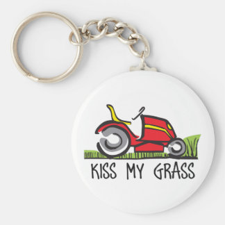 KISS MY GRASS BASIC ROUND BUTTON KEY RING