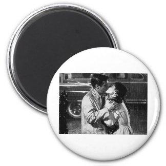 kiss of the film bonequinha of luxury 6 cm round magnet