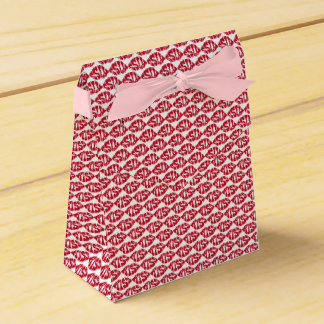 Kiss Pattern Red Lips Favor Box