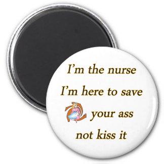 kissing nurse 6 cm round magnet