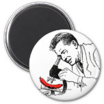 Kitsch Vintage Hot Dog Whats in these Darn Things? 6 Cm Round Magnet