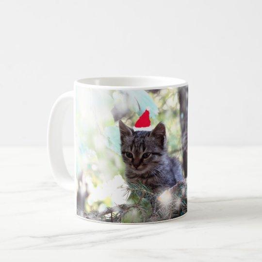 Kitten Christmas time Classic White Mug