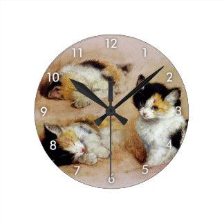 Kitten, Henriëtte Ronner-Knip Round Clock