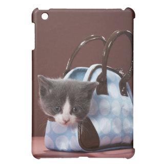 Kitten in handbag cover for the iPad mini