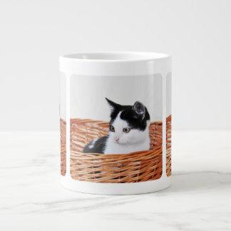Kitten in the basket 20 oz large ceramic coffee mug