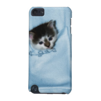 Kitten in the Pocket iPod Touch (5th Generation) Case