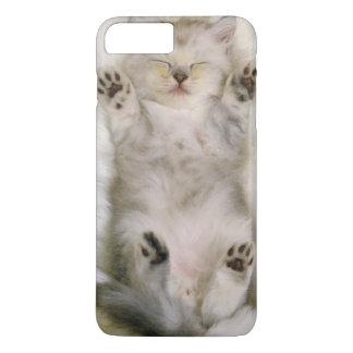 Kitten Sleeping on a White Fluffy Carpet, High iPhone 8 Plus/7 Plus Case
