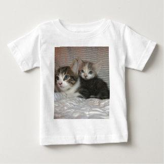 Kitties Chilaxin T Shirts