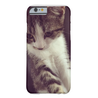 Kitty Barely There iPhone 6 Case