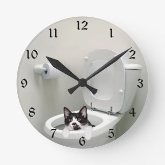 Kitty cat in toilet bowl round clock
