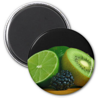 Kiwi and lime 6 cm round magnet