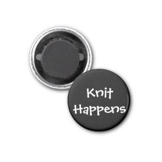 Knit Happens 3 Cm Round Magnet