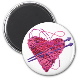 kniting heart 6 cm round magnet