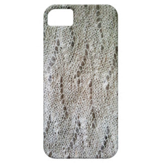 Knitted laced pattern case for the iPhone 5