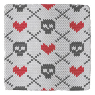 Knitted pattern with skulls trivet
