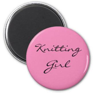 Knitting Girl 6 Cm Round Magnet