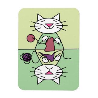 Knitting Kitten dishwasher magnet