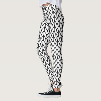 Knitting Pattern Black and White Decor on Leggings