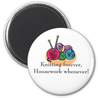Knitting T-shirts and Gifts. 6 Cm Round Magnet