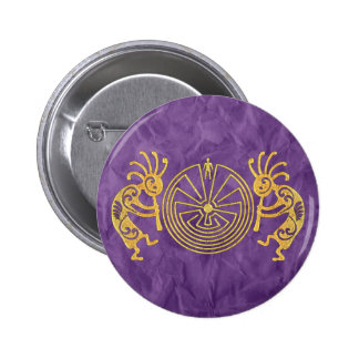 KOKOPELLI / MAN IN THE MAZE gold + your ideas 6 Cm Round Badge