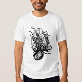 Kraken Attack! Giant Octopus attack T-shirt
