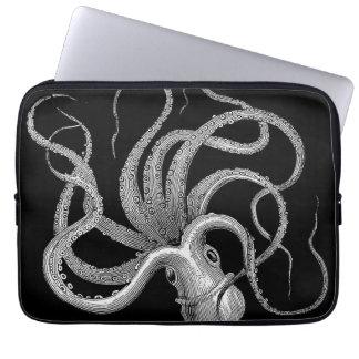 Kraken laptop sleeve